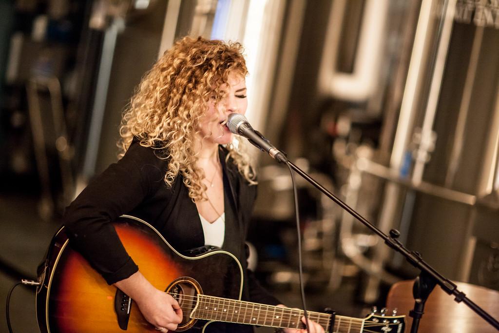 Alexis Lynn - photo by Dale Matthews